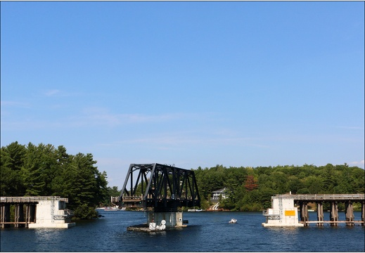 30000 îles, Wasauksing Swing Bridge #17